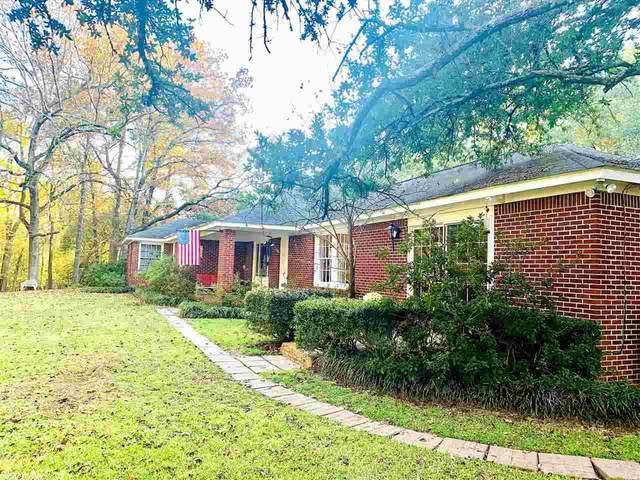 807 N Louise, Atlanta, TX 75551 (MLS #20035072) :: United Country Real Estate