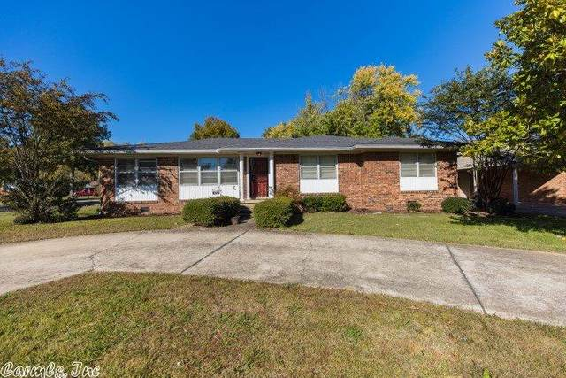 926 Locust, Jonesboro, AR 72401 (MLS #20033825) :: United Country Real Estate