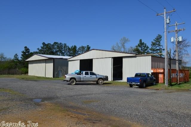 2 Highway 8 E, Mena, AR 71953 (MLS #17033055) :: Truman Ball & Associates - Realtors® and First National Realty of Arkansas
