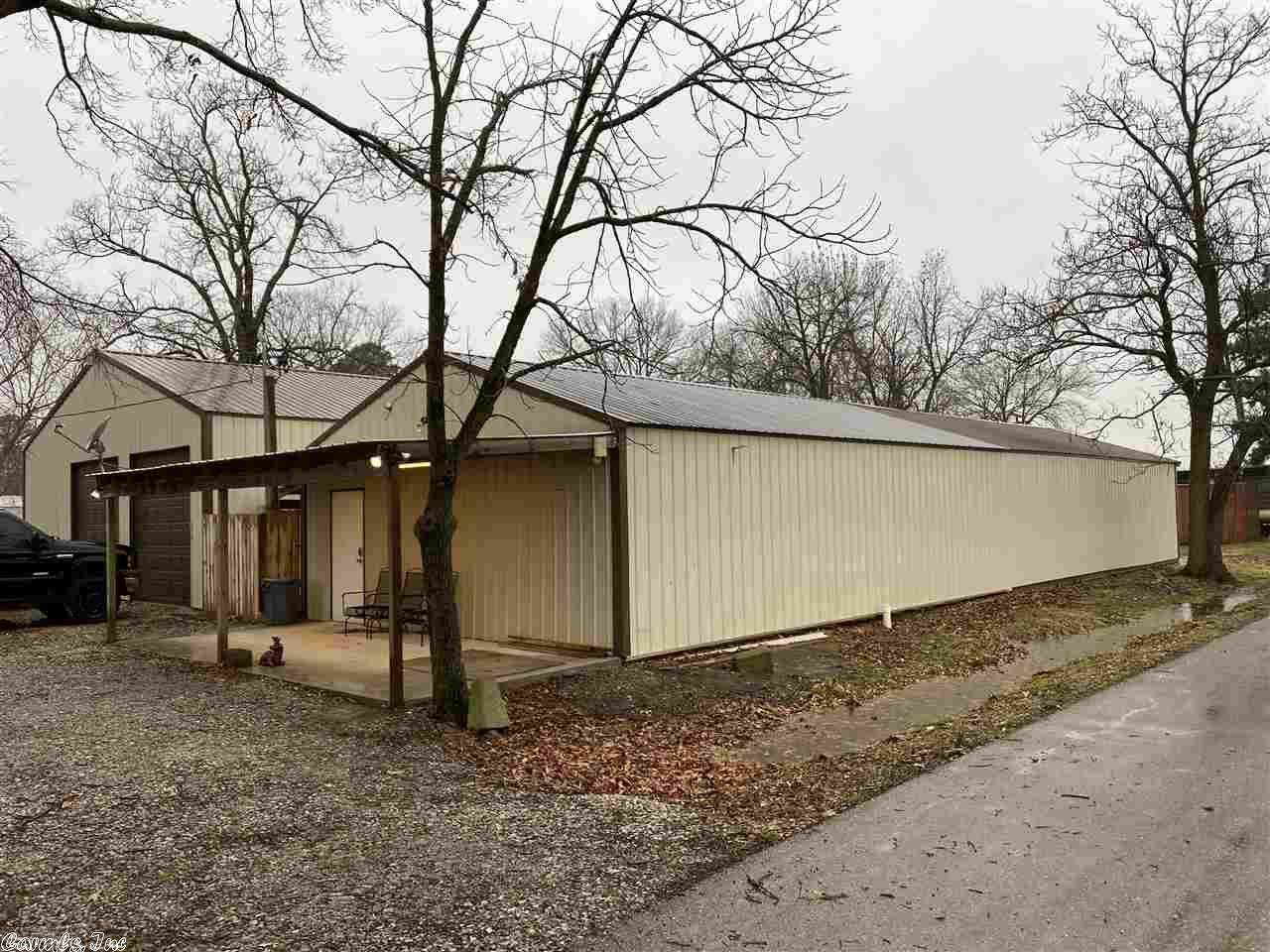 184 E. Linden St. - Photo 1
