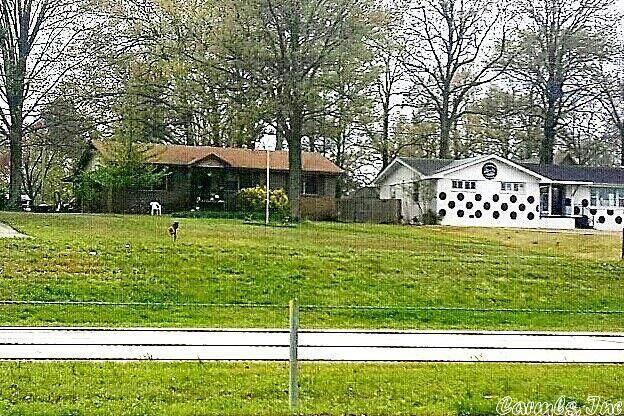 623 Parker Road - Photo 1