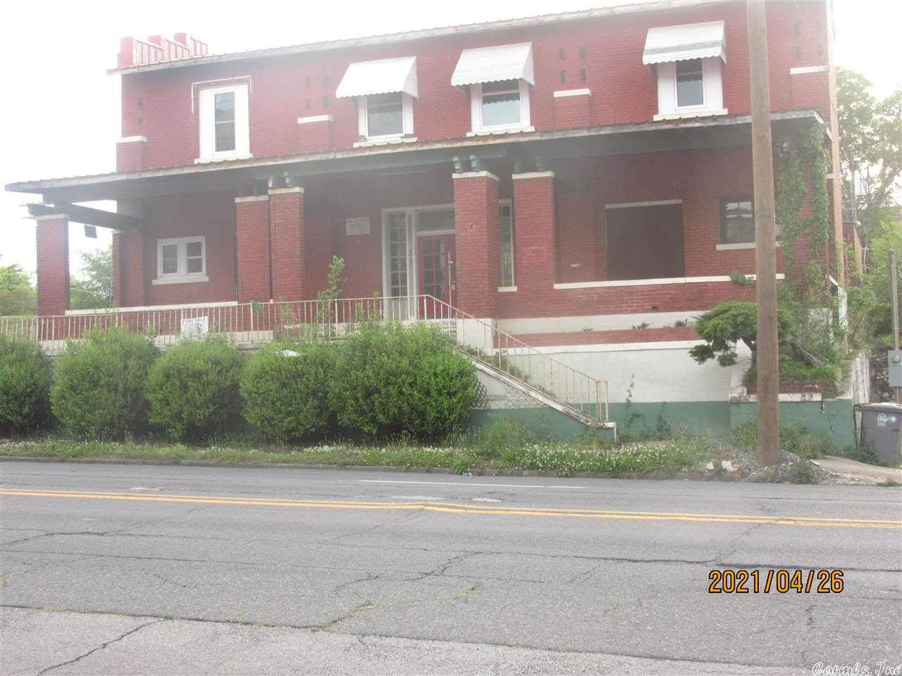 1028 Central - Photo 1