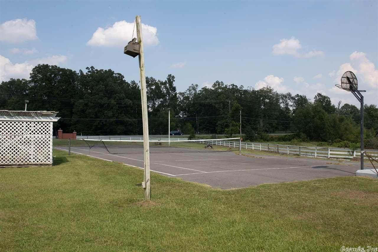 2900 Orange(Oak Park School) - Photo 1