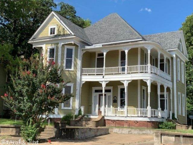 716 Olive Street, Texarkana, TX 75501 (MLS #20016554) :: United Country Real Estate