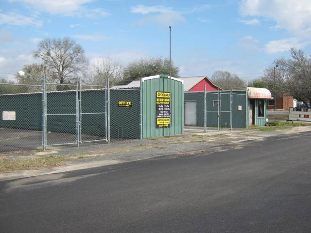 700 Owens Street, HURTSBORO, AL 36860 (MLS #174831) :: The Brady Blackmon Team
