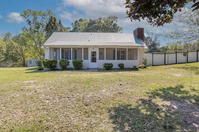 52 Mcgee Road, SEALE, AL 36875 (MLS #184780) :: Kim Mixon Real Estate
