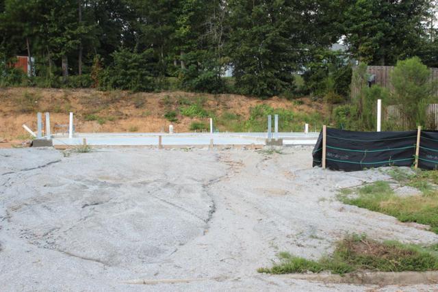 26 Willow Trace Drive, PHENIX CITY, AL 36869 (MLS #166374) :: The Brady Blackmon Team