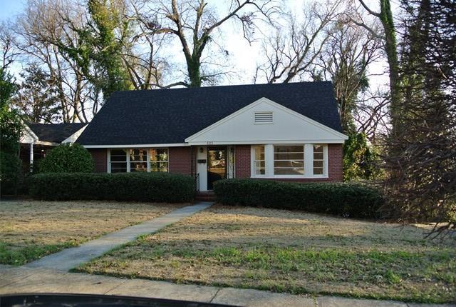 823 Cooper Avenue, COLUMBUS, GA 31906 (MLS #173875) :: Bickerstaff Parham