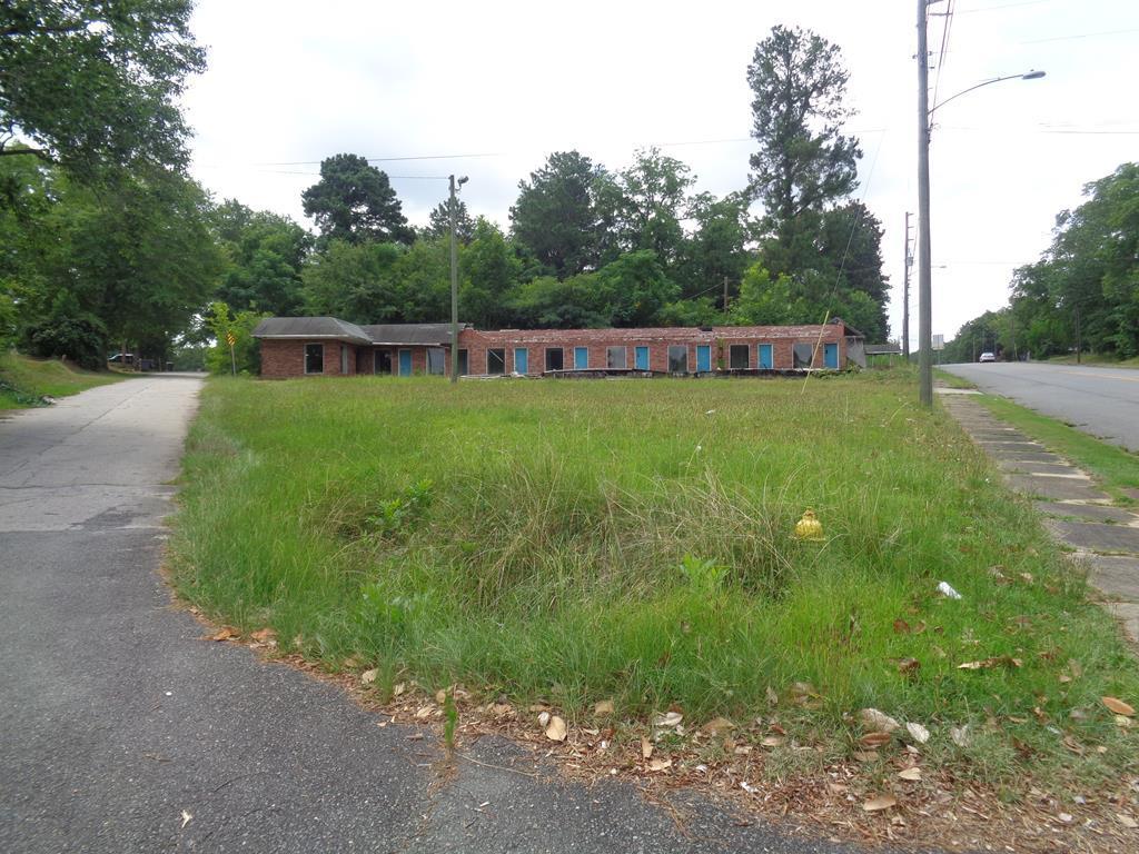 3693 White House Parkway - Photo 1