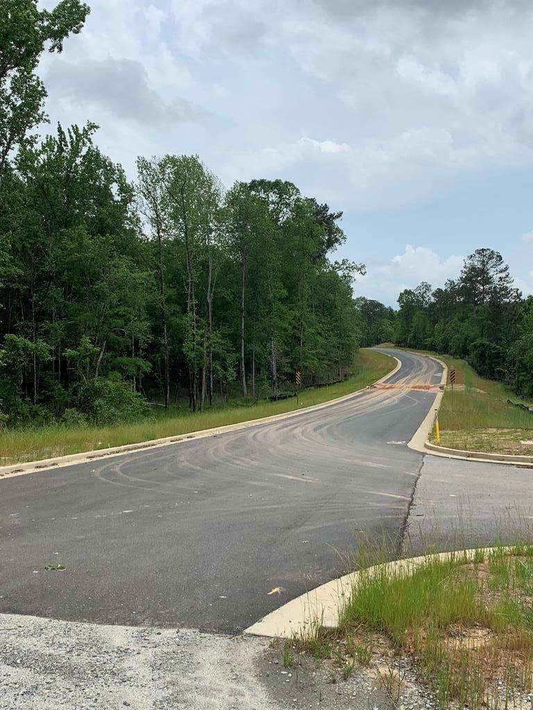 8301 Veterans Parkway - Photo 1