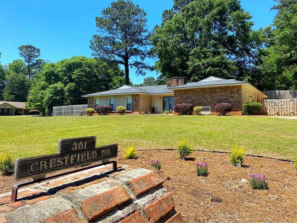 301 Crestfield Drive - Photo 1
