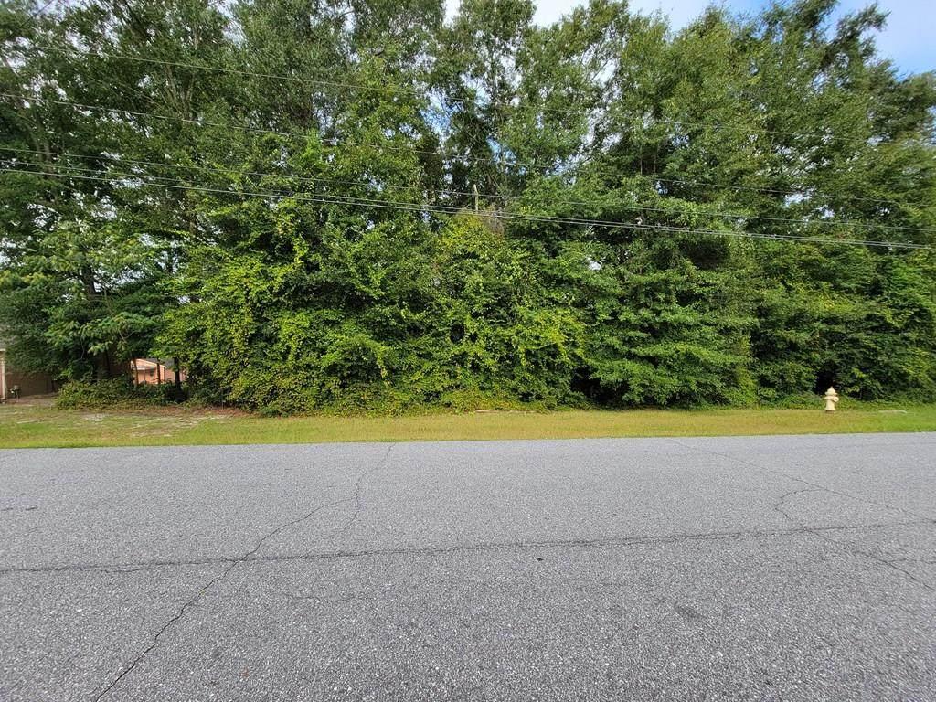 735 Vista Drive - Photo 1