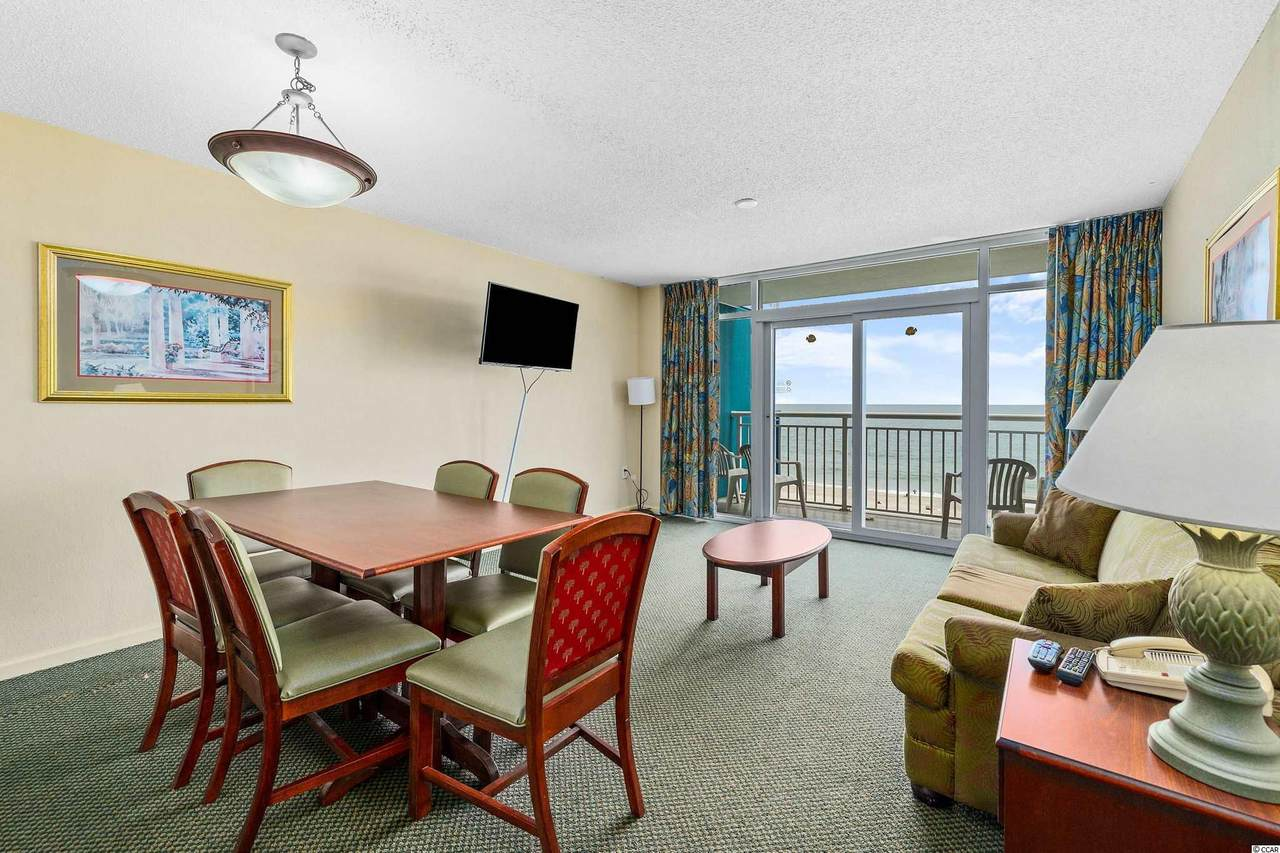 https://bt-photos.global.ssl.fastly.net/ccar/1280_boomver_1_2109171-2.jpg