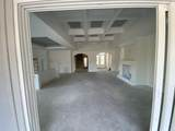902 Bluffview Dr. - Photo 4