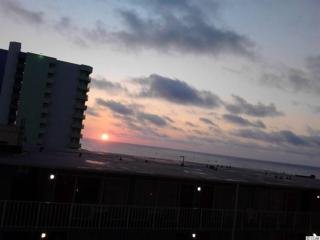 1207 S Ocean Blvd #51106, Myrtle Beach, SC 29577 (MLS #1711352) :: The HOMES and VALOR TEAM