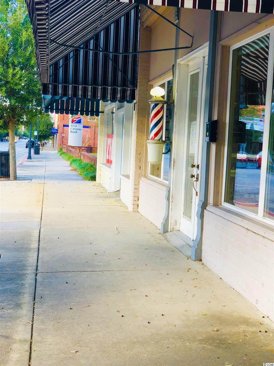 206 Main St. N - Photo 1