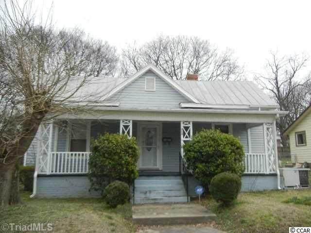 315 S Washington Ave., Reidsville, NC 27320 (MLS #2112484) :: Coldwell Banker Sea Coast Advantage