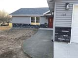 326 8th Ave Sw - Photo 2