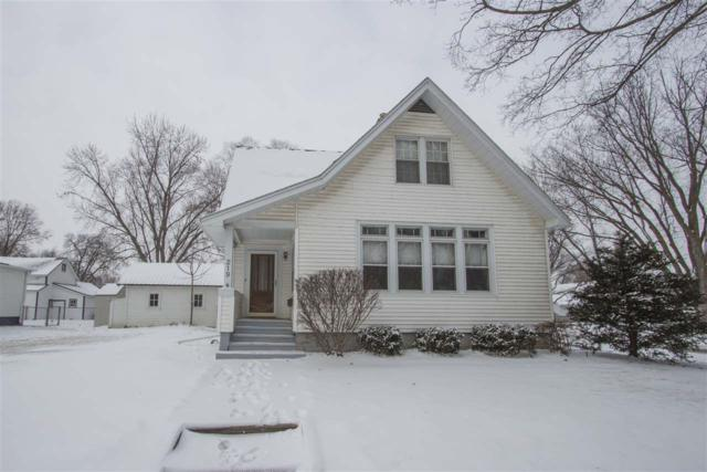 219 NW 4th Street, Waverly, IA 50677 (MLS #20180245) :: Amy Wienands Real Estate