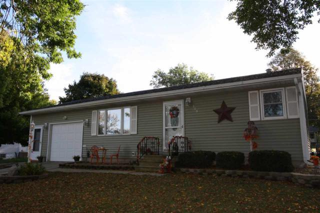 509 6th Ave Se, Oelwein, IA 50662 (MLS #20180276) :: Amy Wienands Real Estate