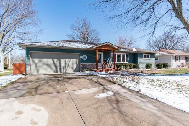 1149 South Hill Drive, Waterloo, IA 50701 (MLS #20181973) :: Amy Wienands Real Estate