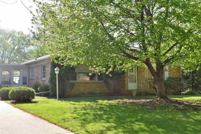 3104 Hillcrest Drive, Cedar Falls, IA 50613 (MLS #20182611) :: Amy Wienands Real Estate