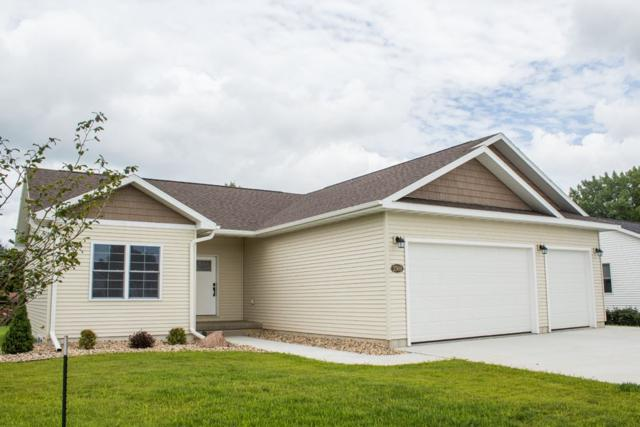 2500 NW Park 2nd Avenue, Waverly, IA 50677 (MLS #20183398) :: Amy Wienands Real Estate