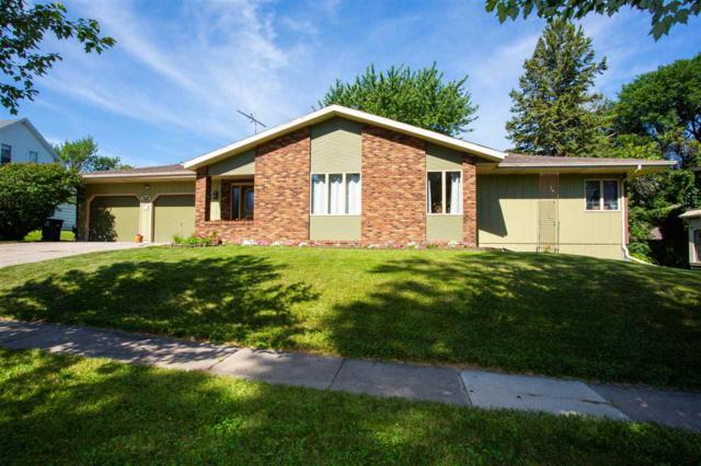 305 5th Street, Parkersburg, IA 50665 (MLS #20183894) :: Amy Wienands Real Estate