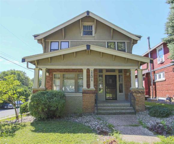 2201 W 4th Street, Waterloo, IA 50701 (MLS #20183903) :: Amy Wienands Real Estate