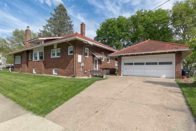 302 Western Avenue, Waterloo, IA 50701 (MLS #20183912) :: Amy Wienands Real Estate