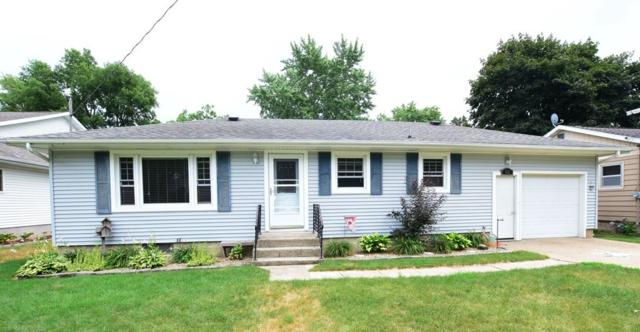 1113 N 4th Street, Manchester, IA 52057 (MLS #20183919) :: Amy Wienands Real Estate