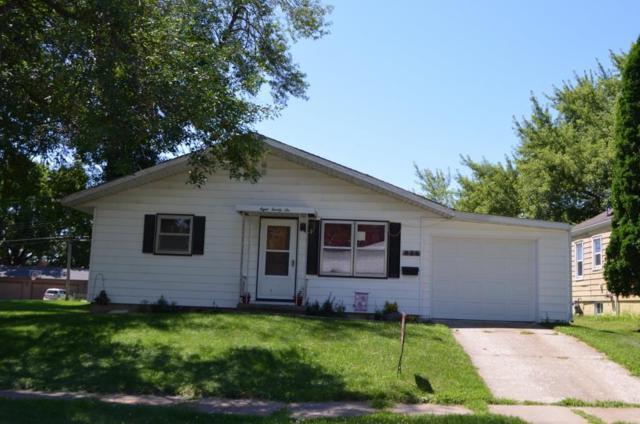 826 1st Ave Ne, Oelwein, IA 50662 (MLS #20183920) :: Amy Wienands Real Estate