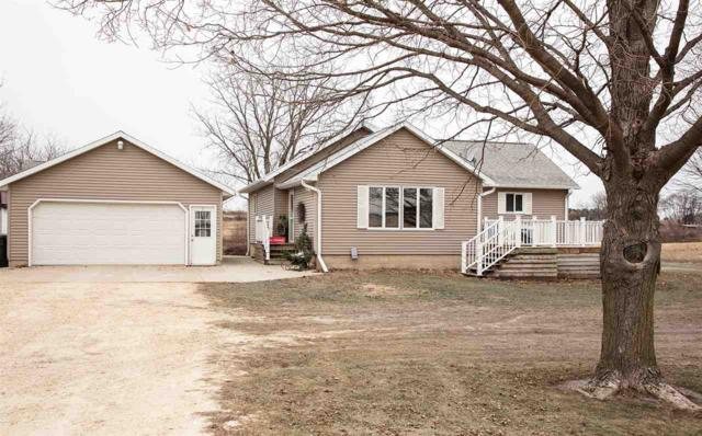 2330 Ivy Avenue, Waverly, IA 50677 (MLS #20186200) :: Amy Wienands Real Estate