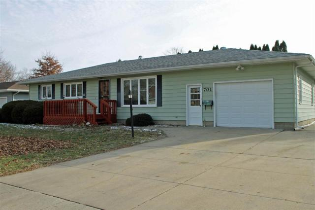 701 Iowa Street, Denver, IA 50622 (MLS #20186346) :: Amy Wienands Real Estate