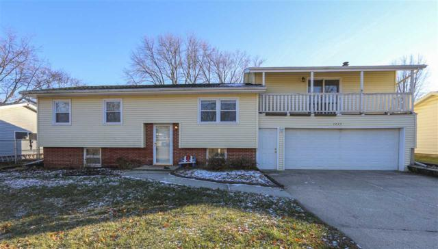 1227 Pleasant Valley Drive, Waterloo, IA 50701 (MLS #20186349) :: Amy Wienands Real Estate