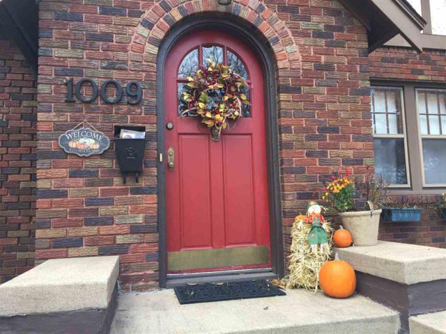 1009 Iowa, Cedar Falls, IA 50613 (MLS #20190153) :: Amy Wienands Real Estate
