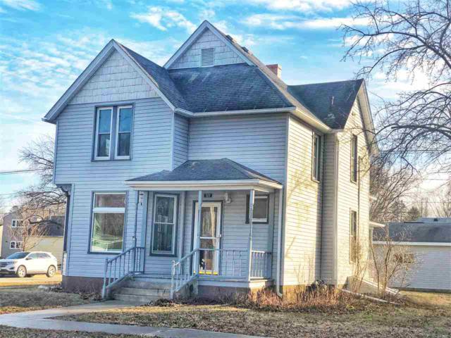 509 Winneshiek Avenue, Decorah, IA 52101 (MLS #20190308) :: Amy Wienands Real Estate