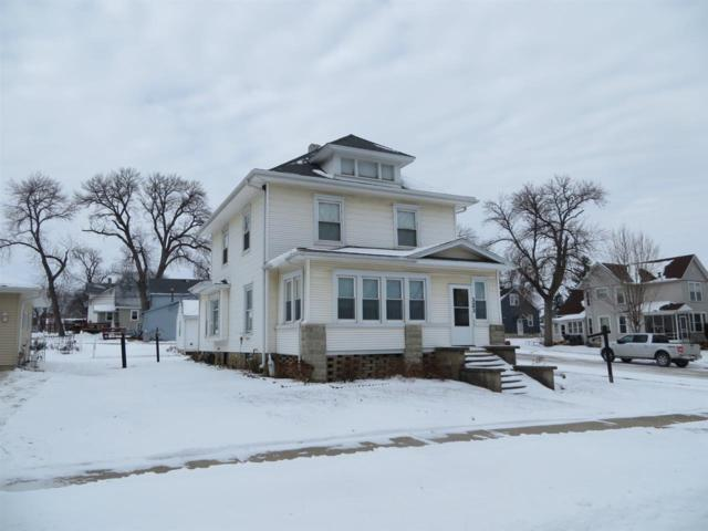 323 10th Street, Aplington, IA 50604 (MLS #20190341) :: Amy Wienands Real Estate