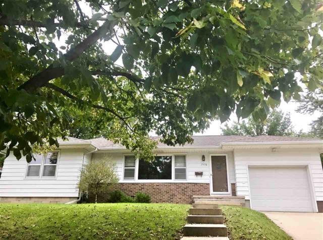 1516 W 6th Street, Cedar Falls, IA 50613 (MLS #20190482) :: Amy Wienands Real Estate