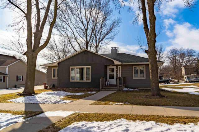 905 11th Street, Grundy Center, IA 50638 (MLS #20190512) :: Amy Wienands Real Estate