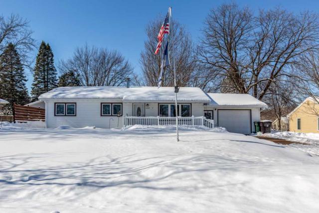 4207 Hillside Drive, Cedar Falls, IA 50613 (MLS #20190736) :: Amy Wienands Real Estate