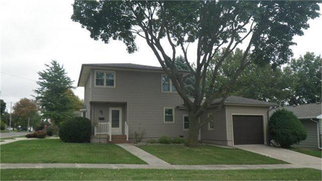 1202 11th Street, Grundy Center, IA 50638 (MLS #20191530) :: Amy Wienands Real Estate