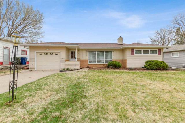 909 Loretta Avenue, Waterloo, IA 50702 (MLS #20191887) :: Amy Wienands Real Estate