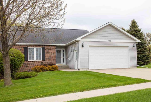 1821 3rd St Sw, Waverly, IA 50677 (MLS #20192461) :: Amy Wienands Real Estate