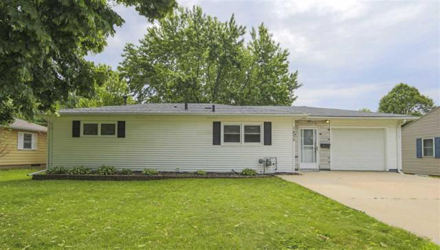 1235 Sylvia Avenue, Waterloo, IA 50701 (MLS #20193162) :: Amy Wienands Real Estate