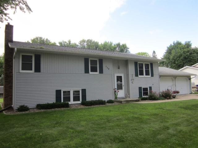 704 Crestview Drive, West Union, IA 52175 (MLS #20193617) :: Amy Wienands Real Estate