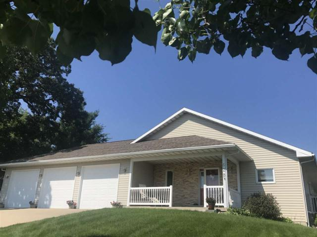 628 Lake Ridge Drive, Cedar Falls, IA 50613 (MLS #20193645) :: Amy Wienands Real Estate