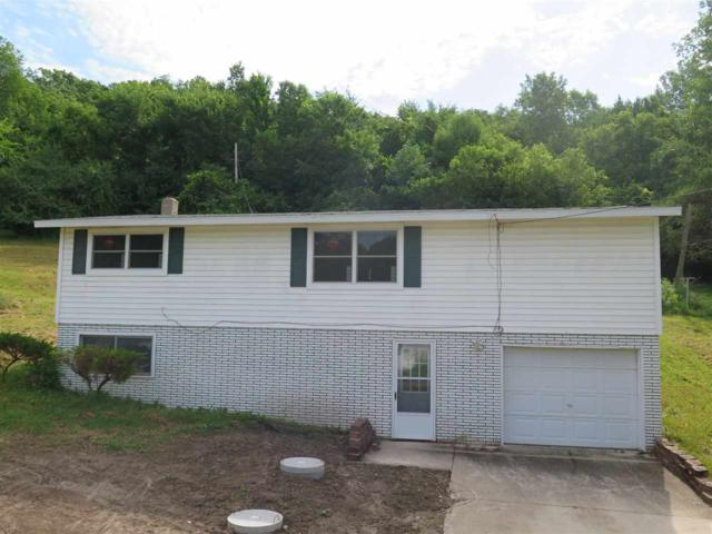 2724 College Dr, Decorah, IA 52101 (MLS #20193717) :: Amy Wienands Real Estate