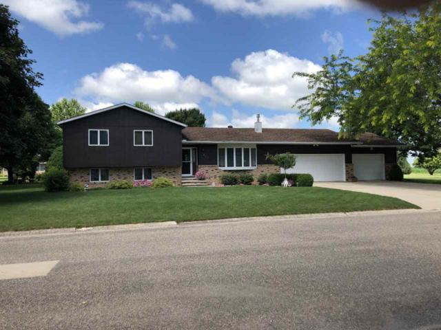 401 Corkery Drive, Sumner, IA 50674 (MLS #20193738) :: Amy Wienands Real Estate