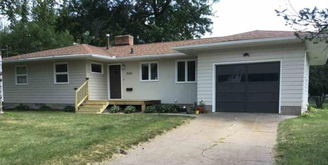 1040 Cottage Street, Waterloo, IA 50703 (MLS #20193745) :: Amy Wienands Real Estate